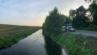 Au bord du canal.